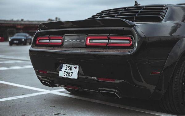 Pronájem Dodge Challenger 2016 s neomezeným nájezdem kilometrů3