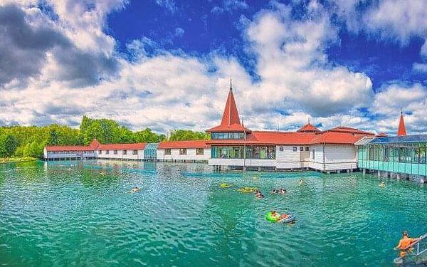 Hévíz: Pobyt v Hotelu Erzsébet *** se vstupenkou k termálnímu jezeru, neomezeným wellness a polopenzí