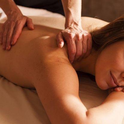 Masáž krční páteře, lopatek a ramenou: 30 minut