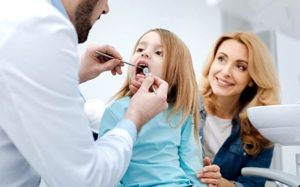 Komplexní dentální hygiena pro dospělé (vstupní terapie + Air Flow)2