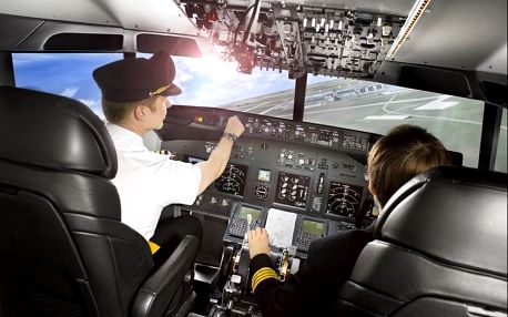 Simulátor Airbus A320 vs. Boeing 737