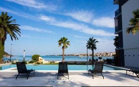 Komfortní relax na ostrově Pag ve 4* hotelu s polopenzí přímo na pláži