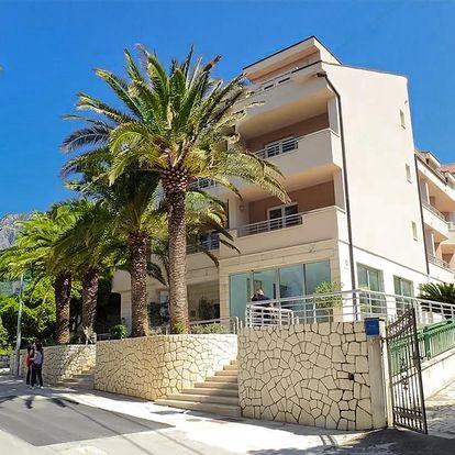 Hotel Neptun*** | Chorvatsko, Gradac | Dítě do 11,99 let zdarma | 80 m od pláže | Polopenze | Garance nejnižší ceny