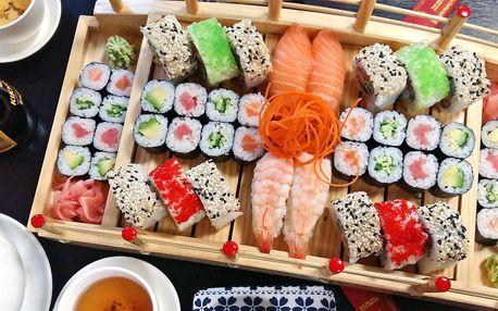 Sety s 24–72 ks sushi, miso polévkami či závitky