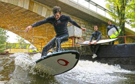 2h lekce surfování na umělé vlně pro 1 nebo 2