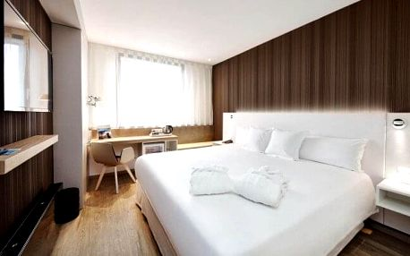 Praha v klidné části nedaleko Vyšehradu v Hotelu Occidental Praha **** s welcome drinkem, snídaněmi + fitness