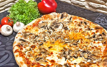 Dvě pizzy o průměru 34 cm podle výběru z 10 druhů