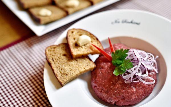 Půlkilový tatarák z rump steaku a neomezené množství topinek3