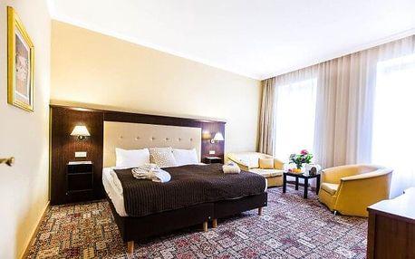 Karlovy Vary: Luxusní Hotel Panorama Spa **** se 3 lázeňskými procedurami a skvělou snídaní