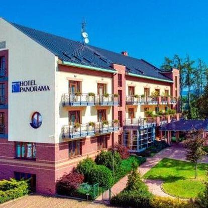 Orlické hory: Luxusní April Hotel Panorama **** s neomezeným wellness, privátní saunou či masáží a polopenzí
