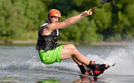 Vodní radovánky: wakeboarding pro 1 až 4 osoby