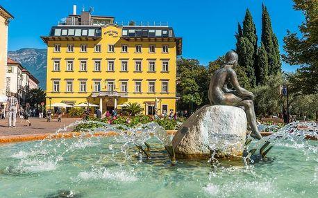 Grand Hotel Riva se snídaní, Lago di Garda/jezero Garda