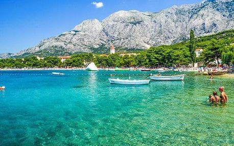 Chorvatsko jen 50 m od pláže ve Vile Čale až pro 3 osoby s komfortní autobusovou dopravou a polopenzí