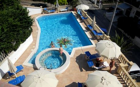Hotel Pineta, Apulie