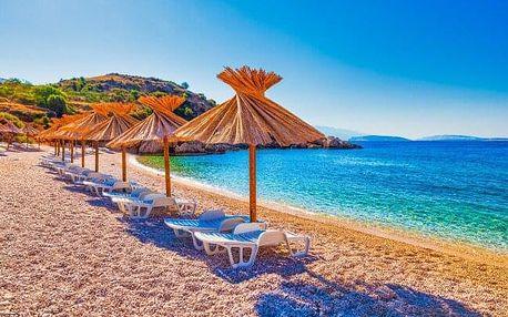 Chorvatsko u moře v Apartmánech Baška Voda pro 2 - 4 osoby s možností dokoupení polopenze a autobusové dopravy