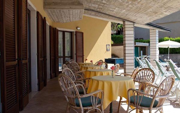 Hotel Astra, Lago di Garda/jezero Garda, vlastní doprava, snídaně v ceně3