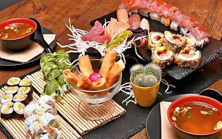 Sushi sety s až 46 ks, wakame, závitky i polévka
