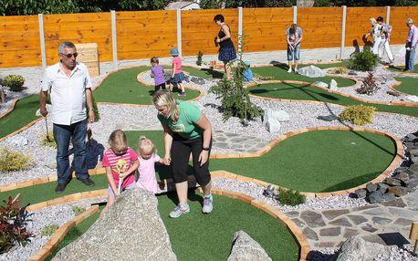 Oblíbená hra Adventure Golf pro děti i dospělé