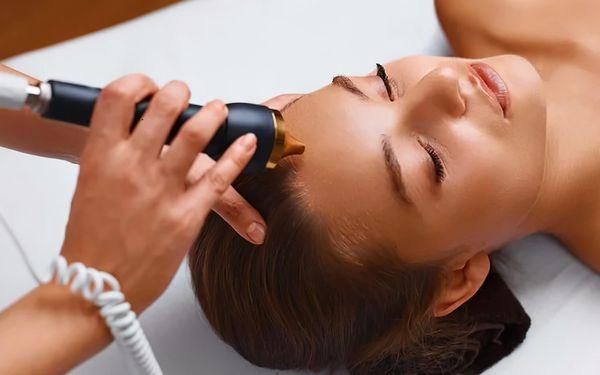 Intenzivní ošetření obličeje s okamžitým výsledkem pro redukci vrásek a tuku