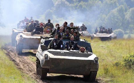 Akční půlhodinová jízda v obrněném transportéru