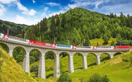 Švýcarské Alpy z nejkrásnější železnice světa