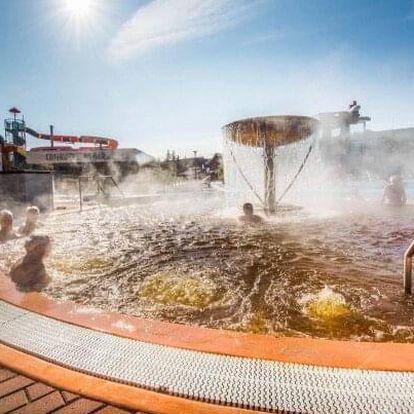 Bešeňová: Pobyt jen 200 m od termálů v Hotelu Flóra s chutnou polopenzí a slevou do aquaparků ve výši až 50 %