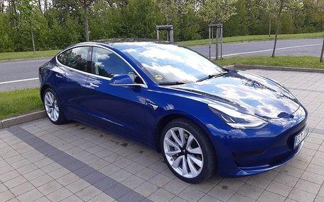 Jízda v elektromobilu Tesla Model 3