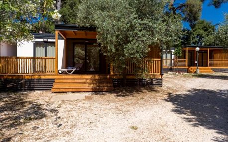 Chorvatsko, Biograd na Moru: Diana & Josip Mobile Homes