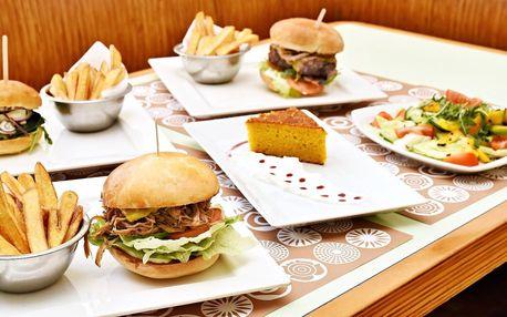 Burger, salátek i mrkvový dort pro 1 nebo 2