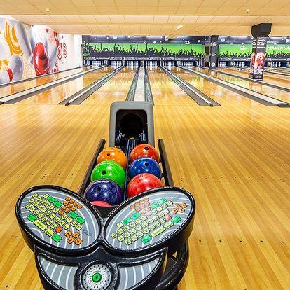 Bowling až pro 8 hráčů: 1 nebo 2 hod. hry
