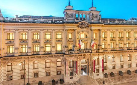 Honosný hotel v centru Prahy s možností snídaní i wellness