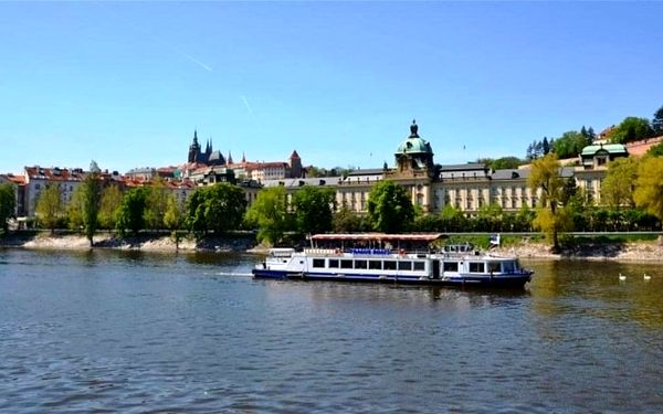 Plavba lodí po Vltavě