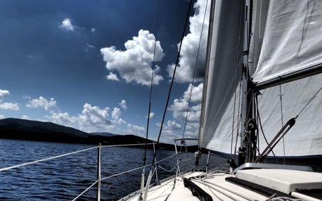 Kapitánem na zkoušku (výuka jachtingu)