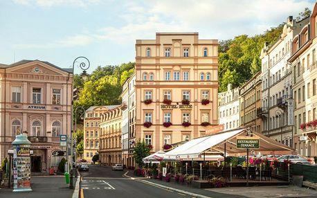 Jídlo, wellness, procedury: pobyt v centru Karlových Varů