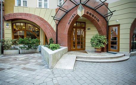 BUDAPEŠŤ - Hotel CORVIN, Maďarsko