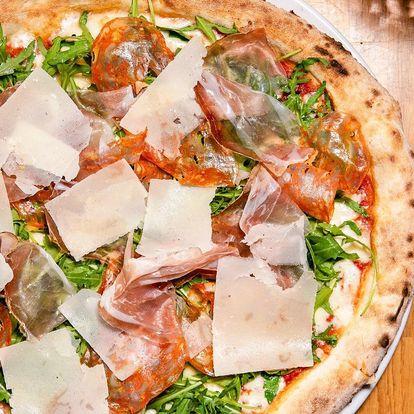 Vstup na Žižkovskou věž a pizza v Miminoo