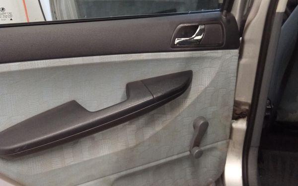 Ošetření plastů a vyleštění oken v interiéru4