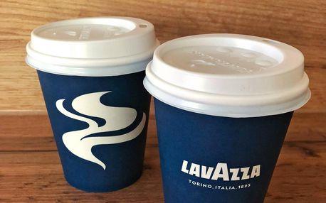 Cappuccino nebo latté s příchutí dle výběru pro dva