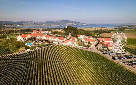 Vínu nablízku v luxusním vinařství U Kapličky