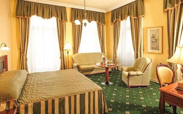 Karlovy Vary: Humboldt Park Hotel & Spa **** s plnou penzí, neomezeným wellness a 2 relaxačními procedurami