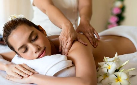 Nechte se hýčkat: hodinová luxusní masáž dle výběru a 30minutová aroma lázeň