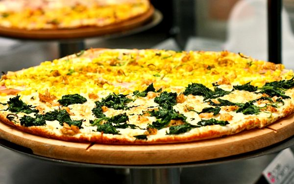 Až 4 Chacharovy pizzy podle výběru v Punk Food