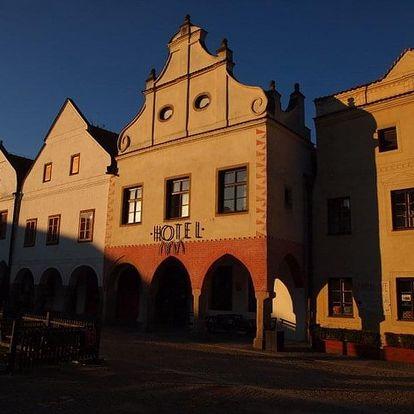Slavonice - Hotel PIVOŇKA (dř. Arkáda), Česko