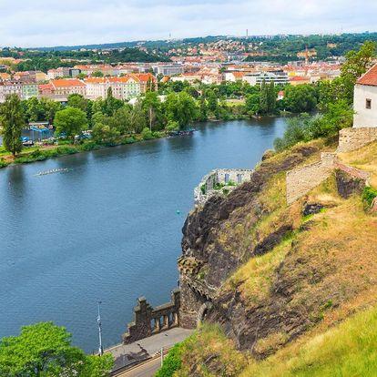 Kde zakotvit v Praze: nocleh a snídaně na lodi