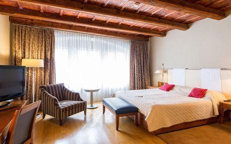 Pobyt pod Pražským hradem: luxusní pokoj, snídaně