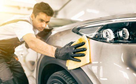 Ruční mytí vozu i karavanu včetně tepování sedaček