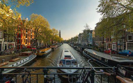Město tulipánů Amsterdam v A & O Amsterdam Zuidoost se snídaní