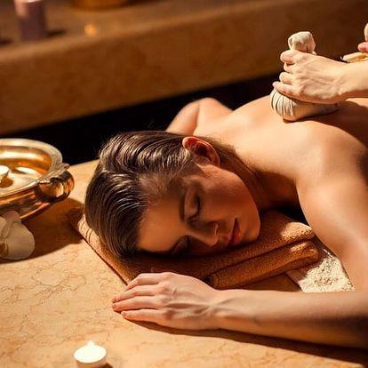 Aromaterapická nebo kokosová masáž: 90 či 120 min.
