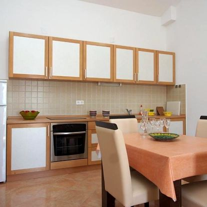 Chorvatsko, Pag: Apartments Novalja