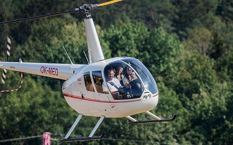 Zážitkový let vrtulníkem s pilotováním: 20 či 40 min.